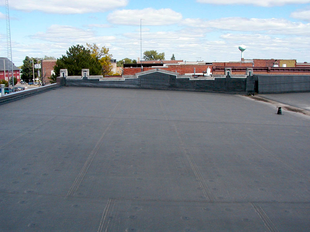 E Esquivel Commercial Roofing 2